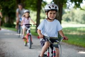 Der Fahrradträger für die Anhängerkupplung ist perfekt für einen Kurzurlaub geeignet.