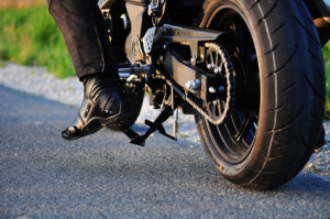 Achten Sie bei Ihrem Autobatterien-Test darauf, keine Motorrad- oder Mopedbatterie zu berücksichtigen.