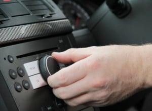 Vergleichen Sie Bluetooth-FM-Transmitter in einem Test, kann die Klangqualität oft ein wichtiges Kriterium für die Kaufentscheidung sein.