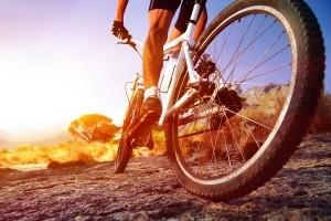 Mountainbike-Fahrer nutzen gerne einen Fahrradtacho.