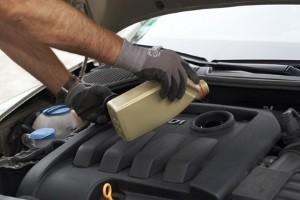 Ein Motoröl-Test sollte zeigen, bei welchem Produkt sich die Anschaffung lohnt.