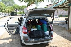 Dachboxen im Test: Sperrige Gegenstände müssen in den Dachkoffer passen.