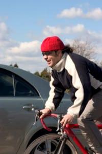 Testen Sie in Ihrem Elektro-Bike-Test auch die hohen Geschwindigkeiten am besten bei Gegenwind und steilen Aufstieg.