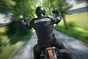 Motorradjacke im Test: Lesen Sie, worauf zu achten ist.