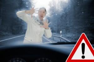 Nicht funktionierende Scheibenwischer: Ein Unfall durch schlechte Sicht kann die Folge sein.