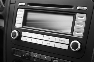 Autoradio mit Bluetooth im Test: Was kann die Zusatzfunktion wirklich?