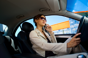 Unterziehen Sie Ihre Ansprüche dem Test: Ist eine Freisprechanlage, die per Bluetooth mit mehreren Handys kommunizieren kann, vielleicht sinnvoll?