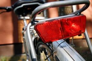 Der Dynamo fürs Fahrrad: Ein selbst durchgeführter Test zeigt, wie wichtig er für die Beleuchtungsanlage ist.