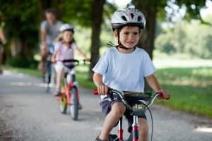 Auch für Kinderräder können Sie in einem Fahrradständer-Test das richtige Modell finden.
