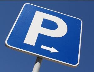 Das Mini-Board selbst einem Test unterziehen: Dies funktioniert am besten auf leeren Parkplätzen oder in Skateparks.