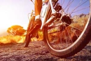 In einem Fahrradschuhe-Test können sowohl Rennradschuhe, als auch Schuhe für das Mountainbike vorgestellt werden.