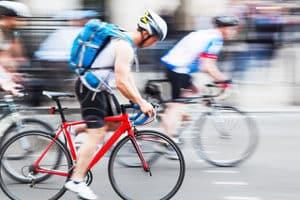 Einem Crash-Test sollte jeder Fahrradhelm vom Hersteller unterzogen worden sein.