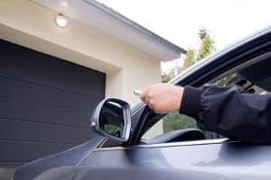 Der Garagentoröffner-Test zeigt Geräte, mit denen das Garagentor bequem geöffnet werden kann.