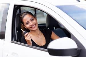 In einem Test über Garagentoröffner sollten Vor- und Nachteile beschrieben sein.