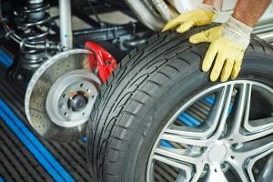Der eigene Felgenbaum-Test zeigt schnell, wie schonend Reifen gelagert werden können.