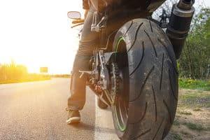 Die Fahrt mit dem Motorrad kann durch Elektrik-Zubehör erleichtert werden.