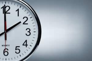 Die Akkulaufzeit ist ein wichtiges Kriterium für Akku-Staubsauger. Testberichte berücksichtigen sie deshalb.