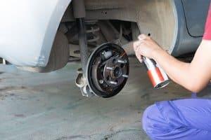 Neben dem Bremsenreiniger-Test hilft Ihnen auch ein Bremsenreiniger-Preisvergleich, das passende Produkt zu finden.