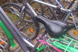 Der Sattel kann bei einem Fahrrad für Damen in einem Test wichtig sein.