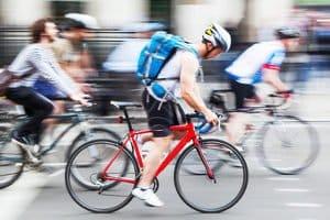 Sie suchen die besten für Ihre Rennrad geeigneten Reifen? In einem Test können Sie unterschiedliche Modelle vergleichen.