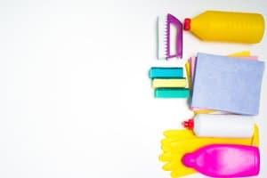 Wenn Sie einen Handdampfreiniger kaufen, können Sie auf zahlreiche Chemikalien und Putzutensilien verzichten.