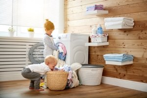 Laufsocken lassen sich bedenkenlos im Feinwaschgang der Waschmaschine waschen.