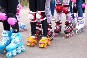 Rollschuhe für Kinder sind auch verstellbar. Auch ohne Test-Fahrt können Sie so sicher sein, dass die Schuhe passen.