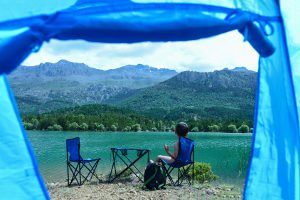 Sie haben Ihr bestes Drei-Mann-Zelt gewählt? Bedenken Sie, dass nicht überall gecampt werden darf