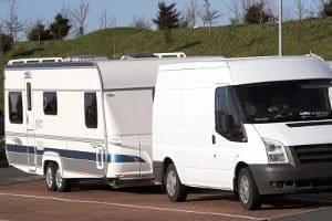 Ist Ihr Wunsch-Campingstuhl ein Hochlehner? Im Test zeigt sich meist, dass dieser nur im Auto oder Wohnmobil transportiert werden kann.