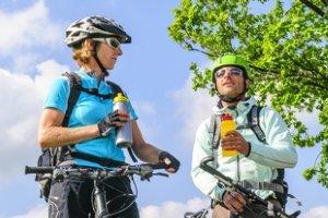 Probieren Sie bei einem Fahrrad-Trinkflaschen-Test aus, welches Modell das richtige für Sie ist.