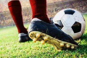 Vor allem das Material sollte im Fußball-Selbst-Test genau begutachtet werden.