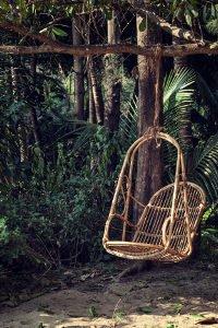 Machen Sie den Test: Konventionelle Gartenstühle oder doch lieber ein ausgefallenes Modell?