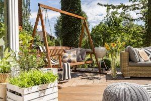 Eine Sonneninsel eignet sich für Terrasse und Garten.