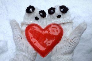 Nicht nur herz-, sondern auch handerwärmend: Machen Sie den Taschenwärmer-Test!