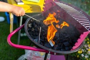 Bester Holzkohlegrill: Ein erster Test, kann Ihnen helfen, ein Gefühl für die Handhabung des Grills zu bekommen.