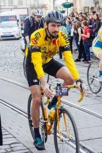 Auch für Radfahrer kann es sich lohnen, eine GPS-Uhr zu kaufen - ggf. mit Fahhrradprogramm.