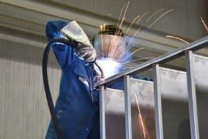 Wenn Sie Steeldarts ausprobieren wird Ihnen auffallen, dass die Spitze aus Metall gefertigt ist.