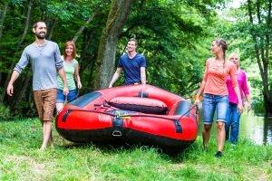 Im Idealfall haben Sie die Möglichkeit, den einen oder anderen eigenen Test am Schlauchboot durchzuführen.