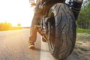 Bester Motorradreifen? Das muss nicht unbedingt der teuerste sein, aber er muss zu Ihrem Fahrstil und den Streckengegebenheiten passen.