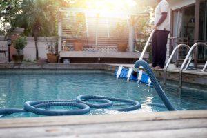 Bester Poolsauger? Das ist ein Modell, das den Anforderungen Ihres Pools entspricht.