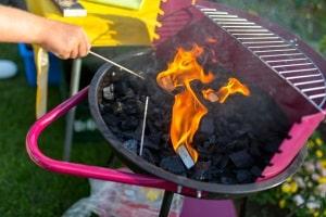 Ein Lotusgrill kann im Test möglicherweise überzeugen, wenn Sie auf Rauch beim Grillen verzichten wollen.