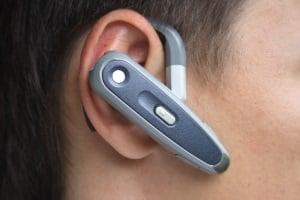 Selbst das beste Headset mit Bluetooth ist im Vergleich zum normalen Kopfhörer keine gute Wahl, wenn die Bedienung zu kompliziert ist.
