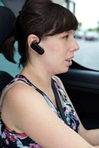Probieren Sie die Headset-Handy-Verbindung via Bluetooth im eigenen Test aus.