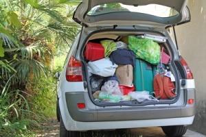 Passt alles rein? Unterziehen Sie Ihre Kofferraumwanne einem Test.