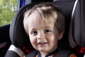 Achten Sie bei Ihrem Maxi-Cosi-Kindersitz-Test auf die Normgruppe des Modells.