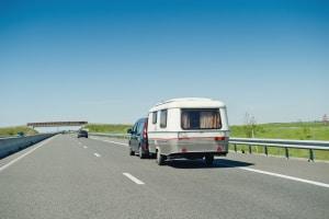 Was ist zu beachten, wenn Sie einen Wohnwagenspiegel kaufen?