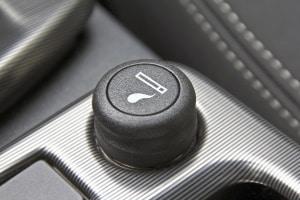 Für einen Pkw-Zigarettenanzünder sollten Sie einen Auto-Ventilator mit 12 V in Ihren Test mit aufnehmen.