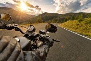 Worauf ist zu achten, wenn Sie einen Motorradspiegel kaufen wollen?