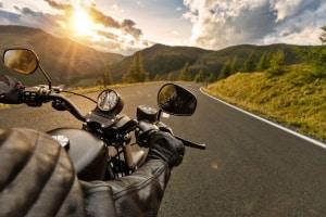 Schluss mit Druckstellen nach langen Touren! Zeit, ein Motorrad-Sitzkissen zu kaufen!