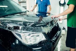 Finden Sie heraus, welche Autofolie Ihr persönlicher Testsieger wird.